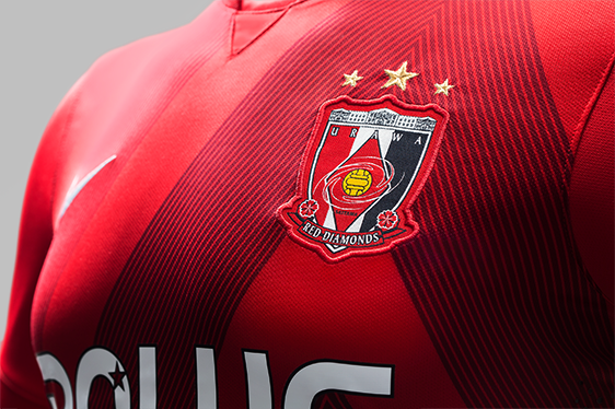 2015_Reds_J_1st(Authentic)_Detail_1