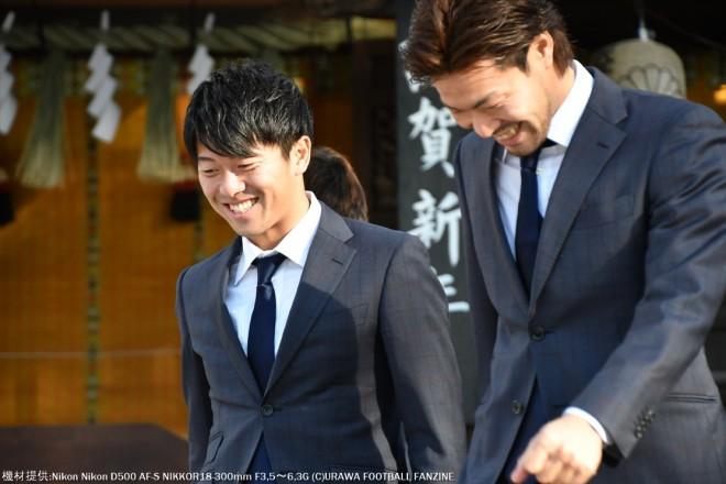 何やら楽しそうな武藤雄樹選手と福島春樹選手