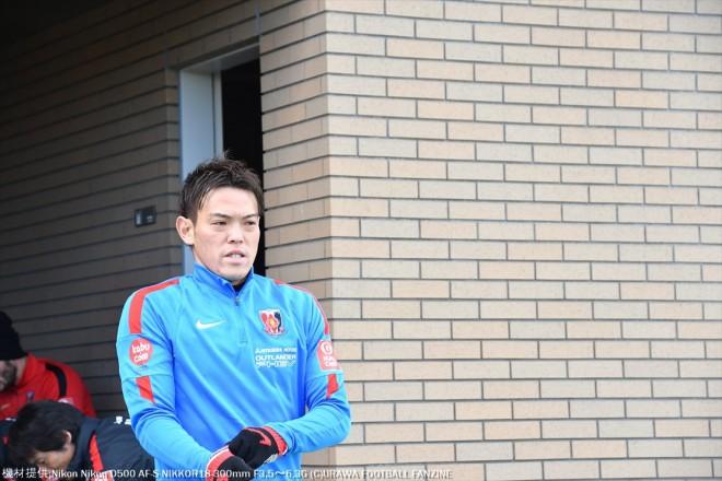 榎本哲也選手も緊張気味な雰囲気。