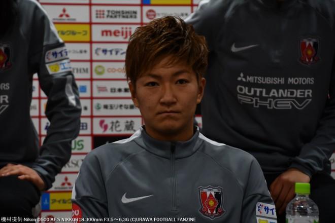 2014年、2015年なでしこリーグ得点王の菅澤優衣香選手。座っているだけでもオーラがあって貫禄が違う。