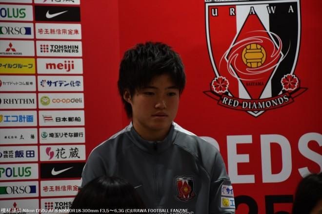 レディースユースから昇格のDF長嶋玲奈選手。